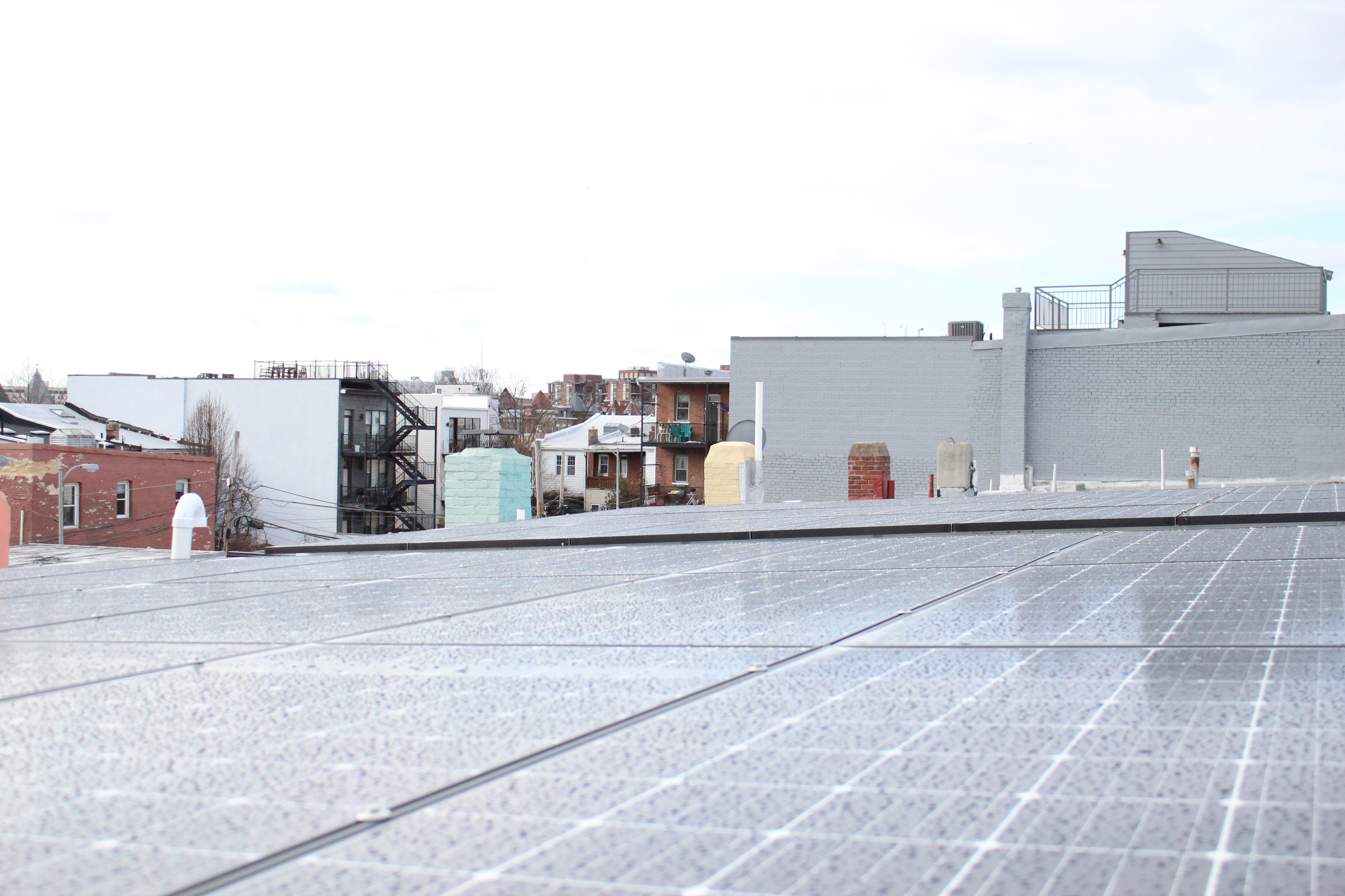 solar panels in Washington DC - parapet 1