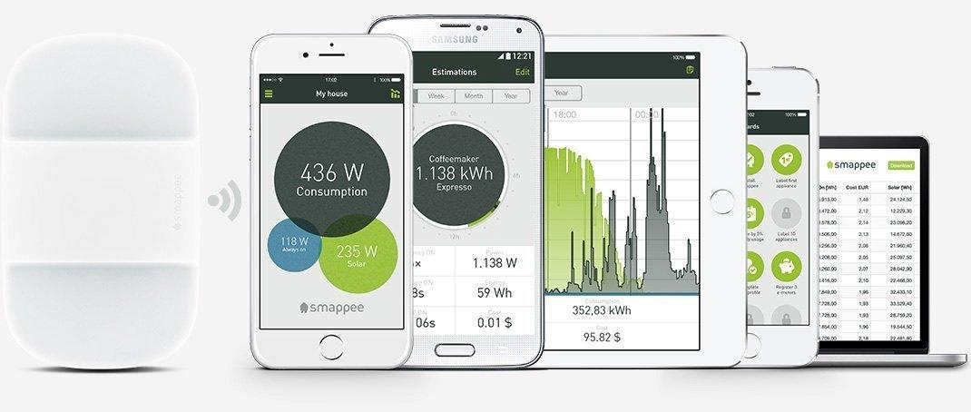 Monitoring online app computer desktop